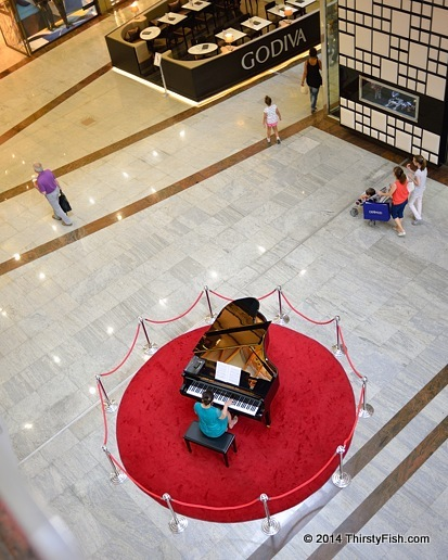 Entertaining Consumers At Ankara Shopping Mall