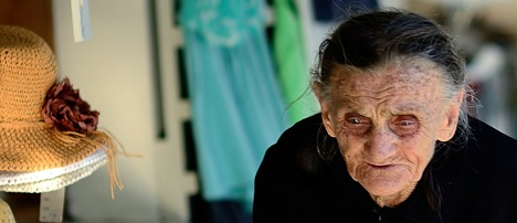 Samos; Old Lady